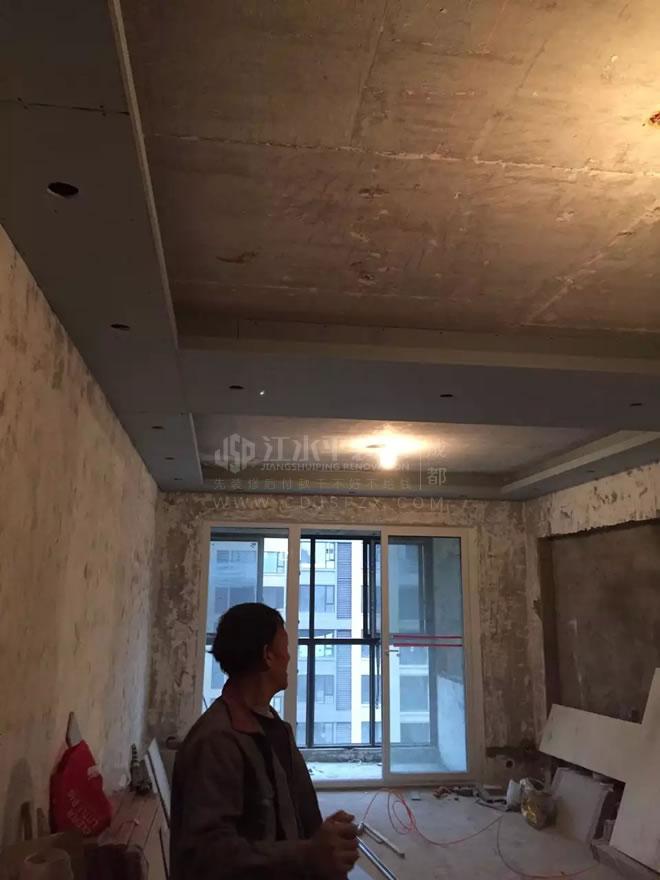 成都保利城赵先生家木作完工,泥工墙砖进行中