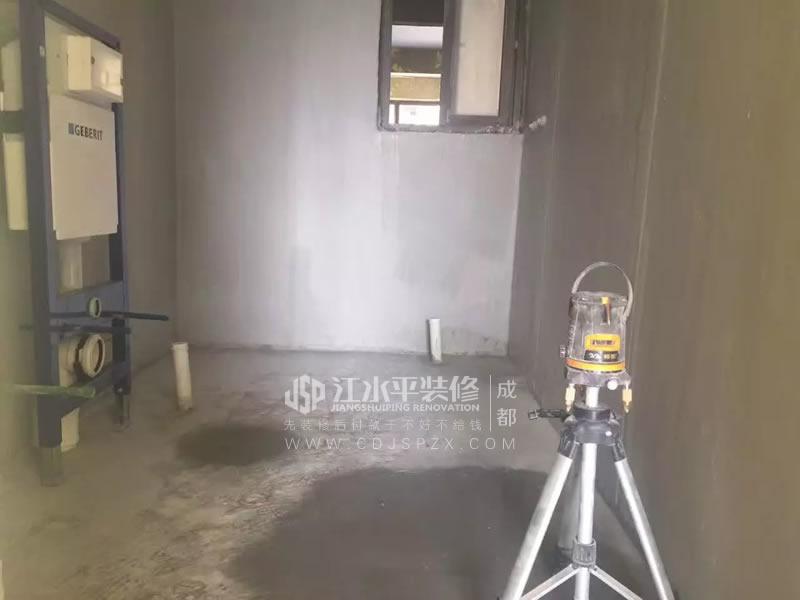 上品金沙 泥工杨师傅现场展示贴砖勾缝