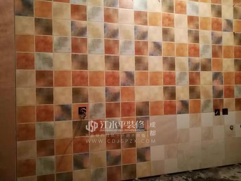成都檀香山贴砖正在施工中