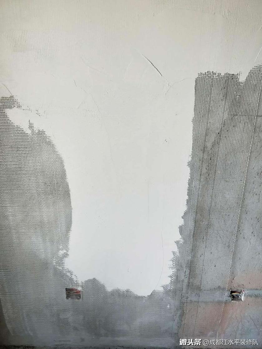 成都滨江和城墙面挂网处理防止开裂