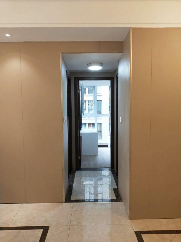 成都紫御熙庭简约混搭71平方装修日记案例客厅护墙板